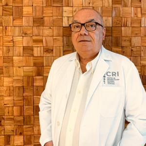 Dr Manuel Baro Darias